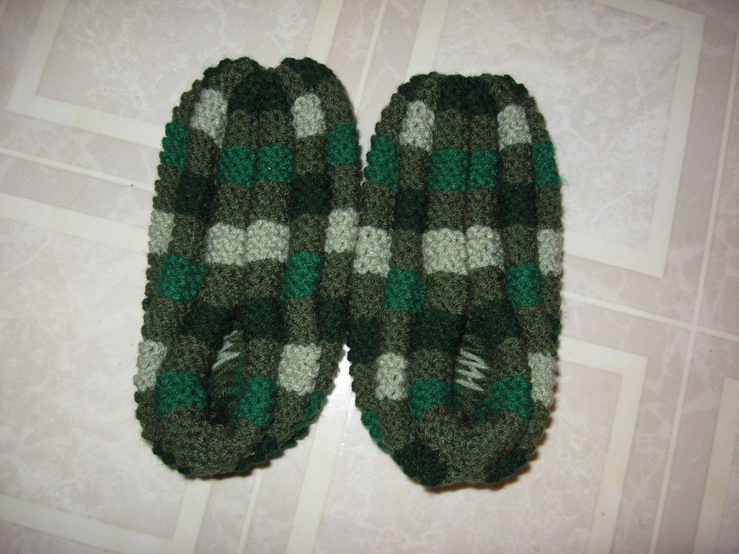 Hand Knitted Checkerboard Slippers by Bneez on Etsy