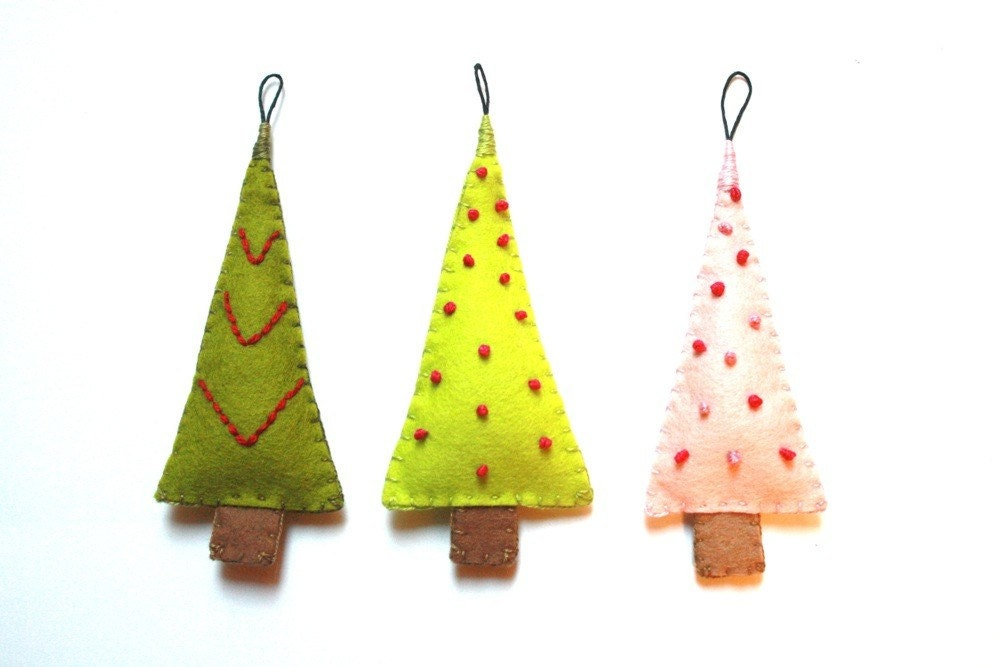 Christmas Tree Ornaments / Multi-Colored Woodland Gift Set - stephaniemonroe