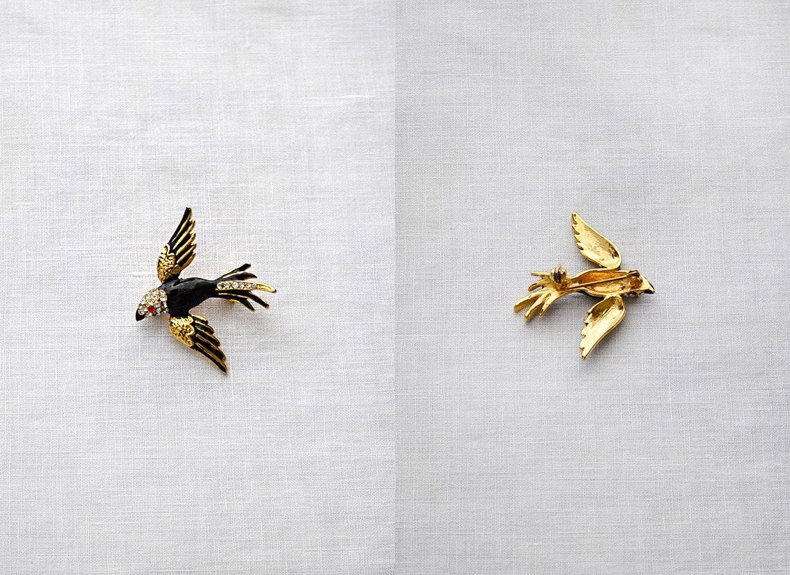 Vintage enamel rhinestone bird brooch