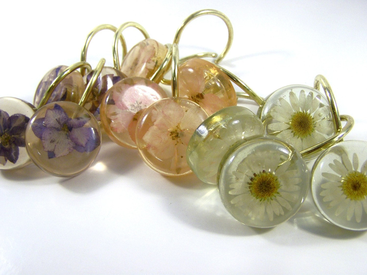 Vintage Flower Shower Curtain Hooks by simplychi on Etsy