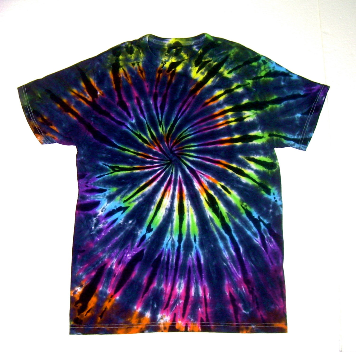 Tie dye shirt adult small inverted rainbow by tiedyebysandy for Customized tie dye shirts