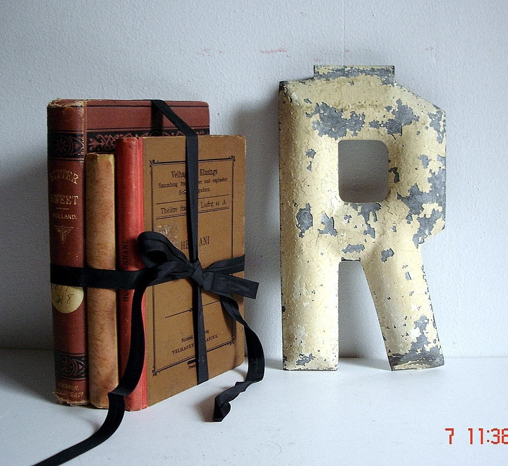 Marquee Letter R Vintage  Alphabet Sign Initial Shabby Metal Paint