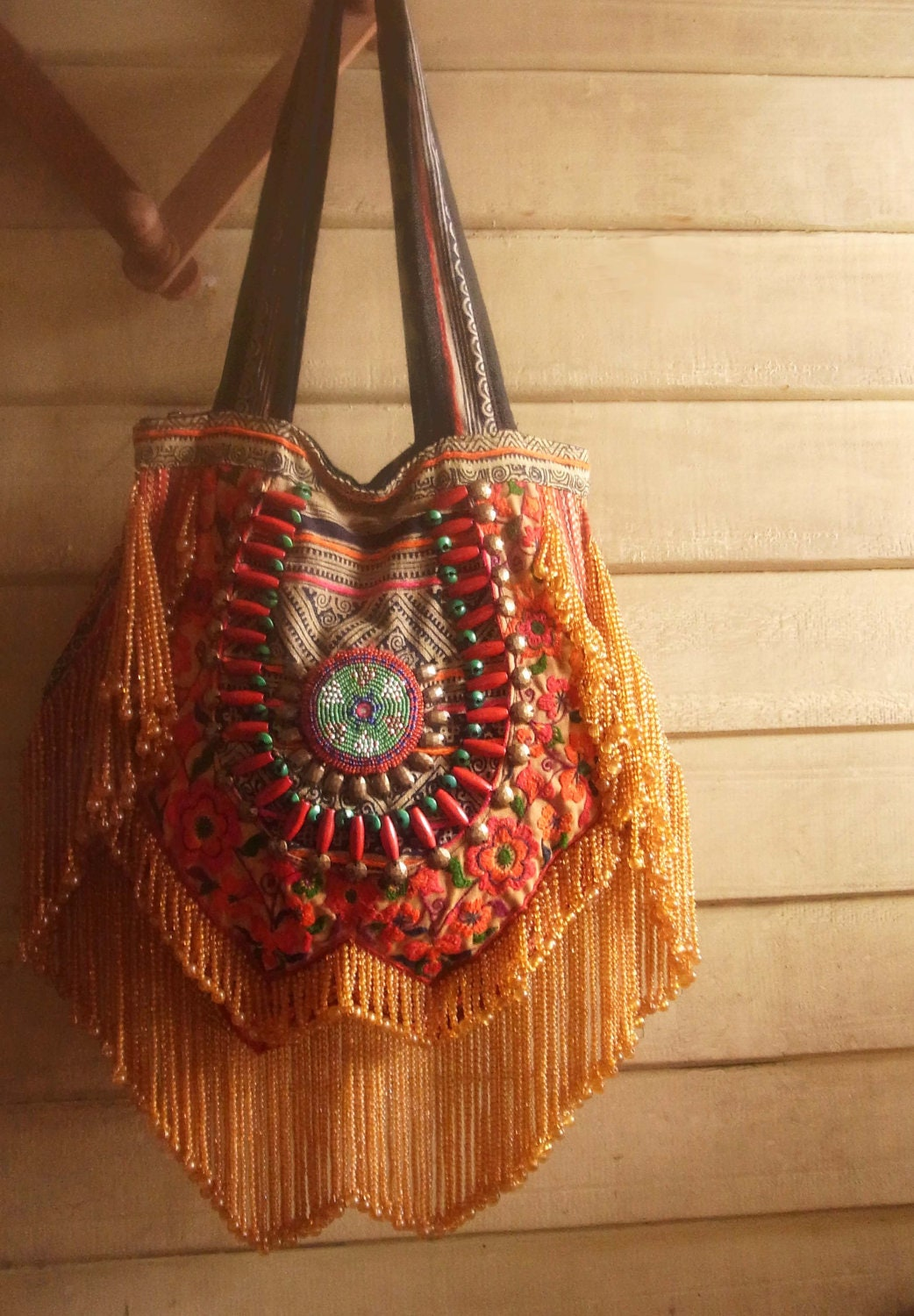 Boho Chic Ethnic Inspiration In Interior Design Projects: Fringe Purse, Embroidery And