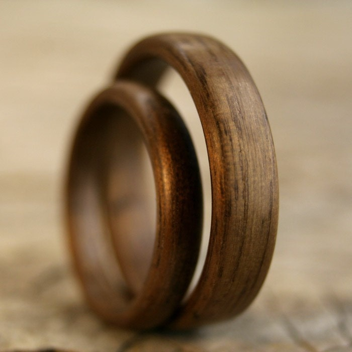 Walnut Bentwood Ring Set - Handcrafted Wooden Rings