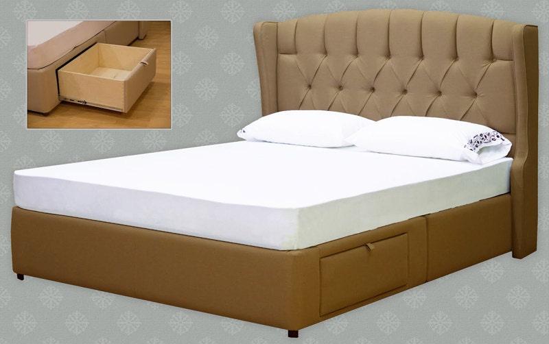 Diamond tufted upholstered elegant headboard by for Diamond bed frame