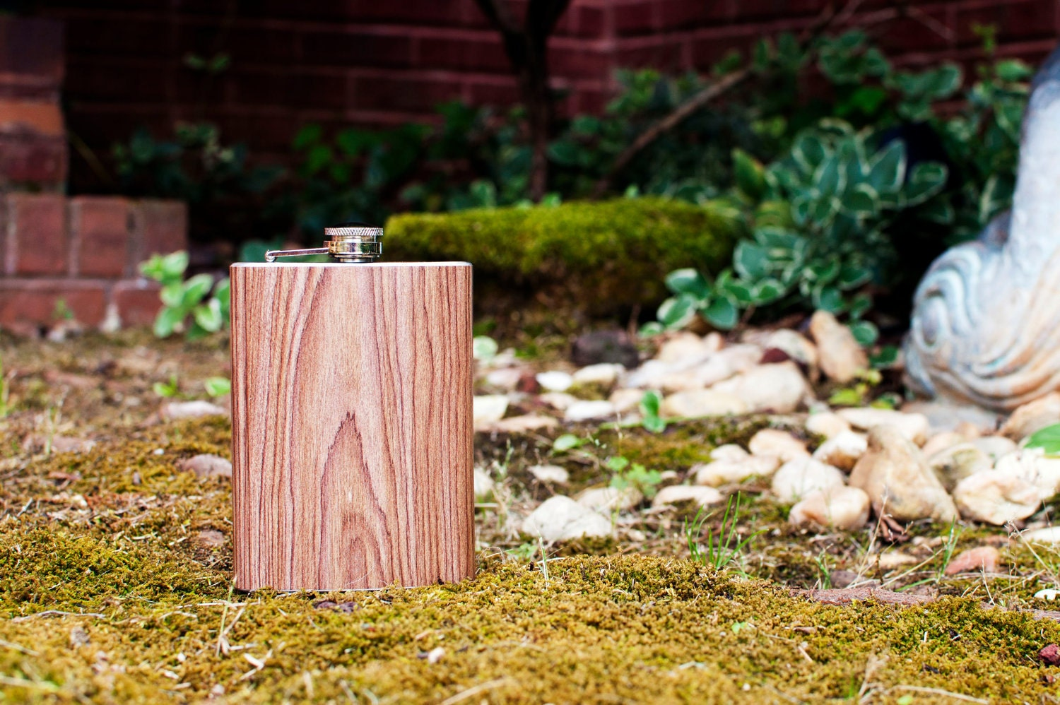 Ma Bicyclette: Christmas Gift Guide | For Him - Woodgrain hip flask