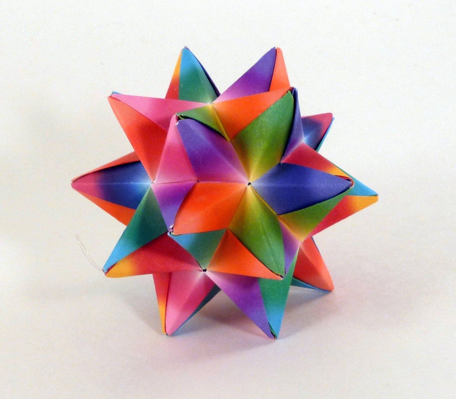 Rainbow star origami star rainbow by creativelifebyemily for 3d paper star decoration