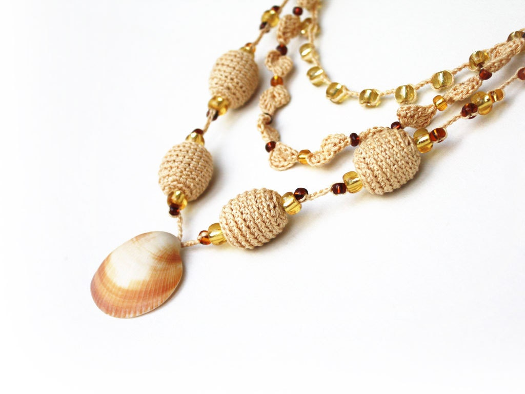 Beach jewelry 3 in 1 Beige crochet stacking necklace with sea shell Beach wedding Statement Boho Hippie Stackable Gift for her under 25 oht - boorashka