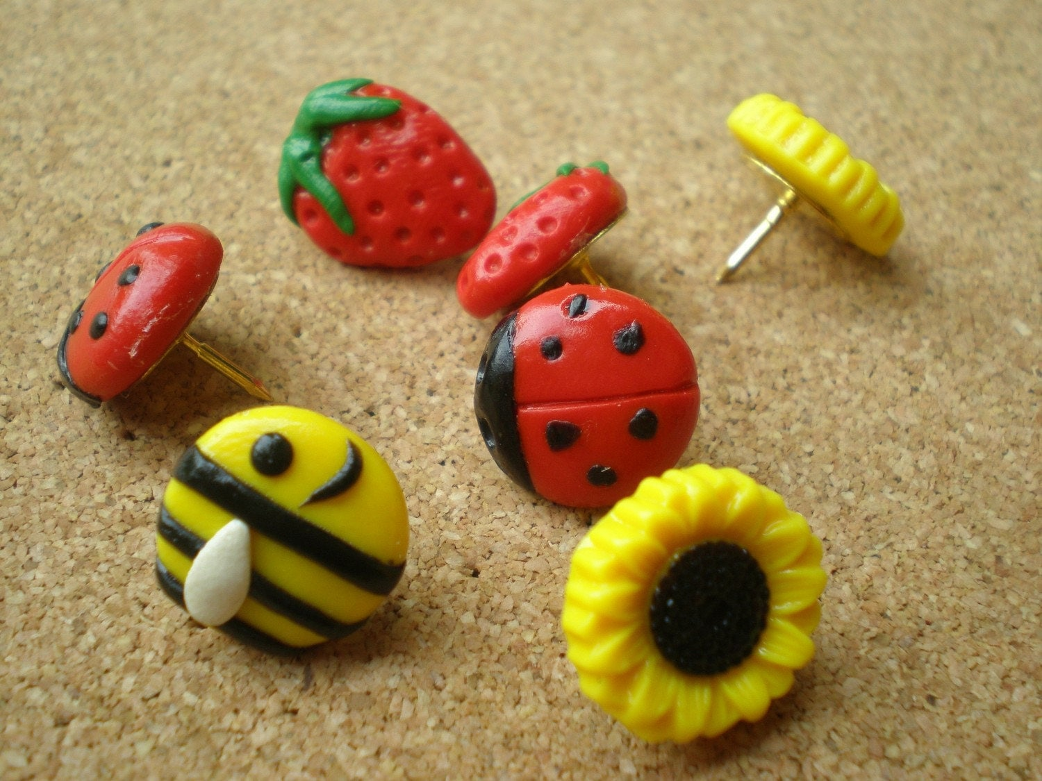 Summer Symbols Push Pins