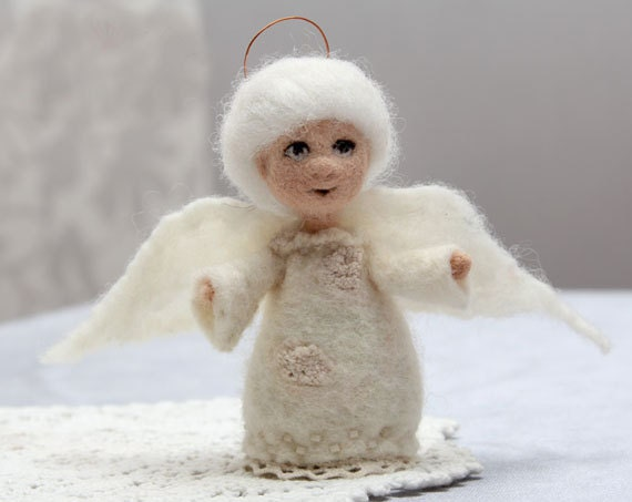 White angel, felted toy angel, miniature doll, Christmas gift angel, christmas home decor - FeltPetsShop