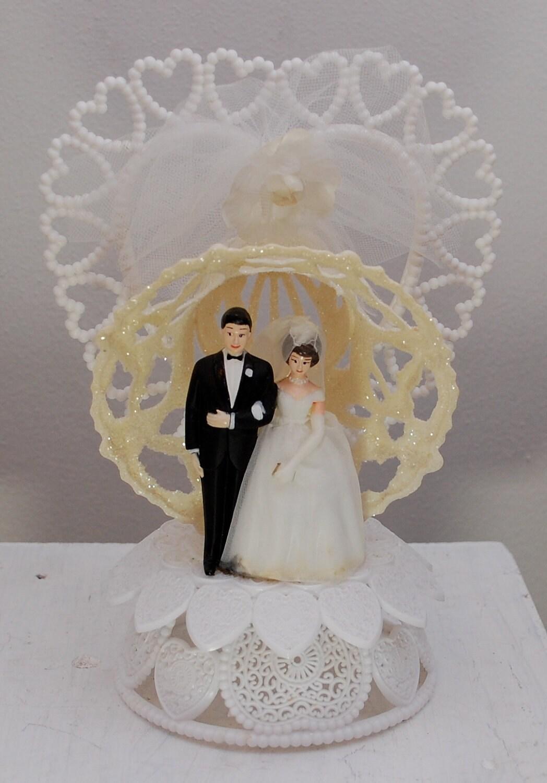 Cake Toppers: Vintage Bride and Groom Martha Stewart