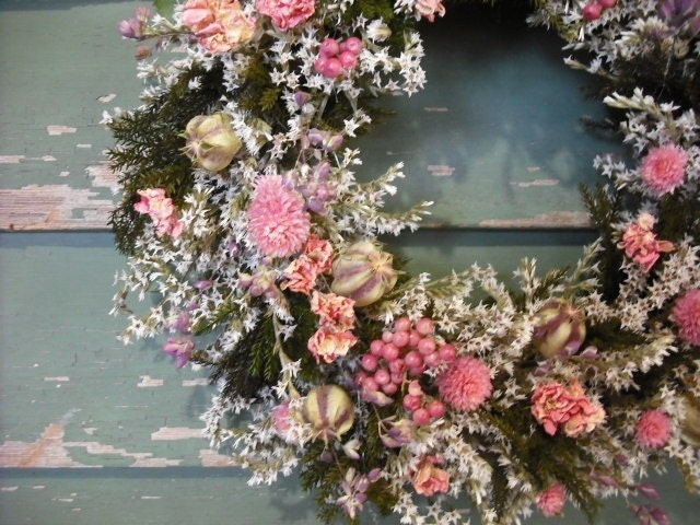 Pretty in pink, ALL NATURAL HANDMADE DRIED FLOWER WREATH