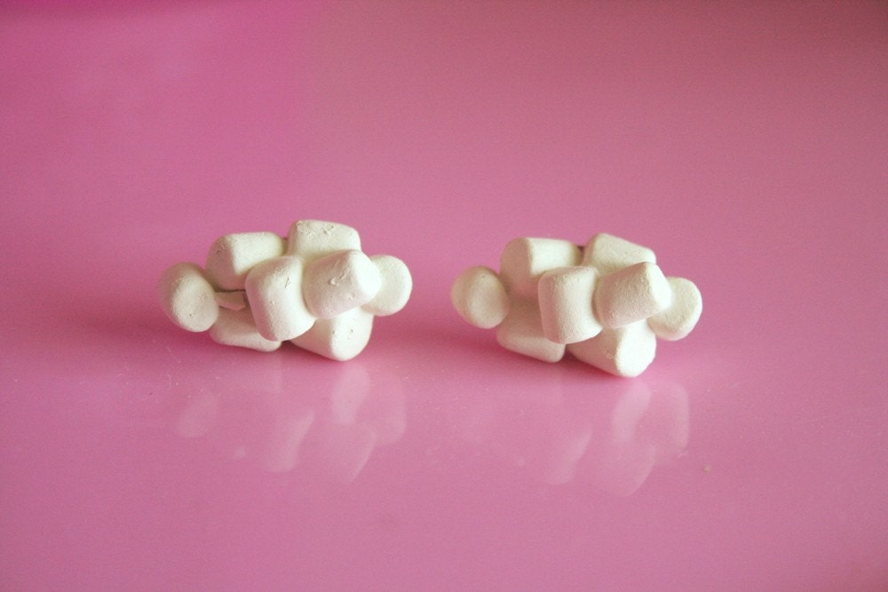 Mini Marshmallow earrings