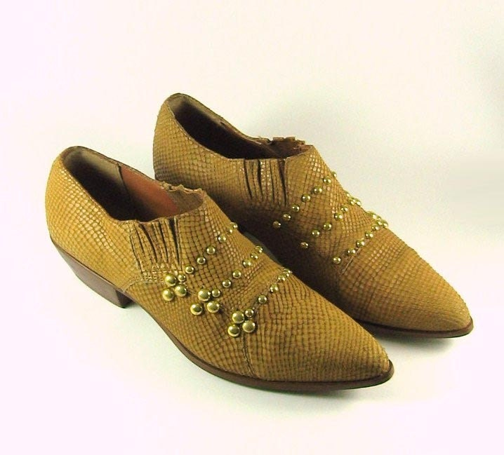 Vintage UPCYCLED Military Studded Snake Skin Leather Oxford Ankle Boots in Butterscotch - 9 or 8.5