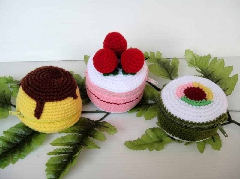 Crochet Pattern - FOOD PURSE 2 - Pudding, Strawberry Cake and Sushi - PDF