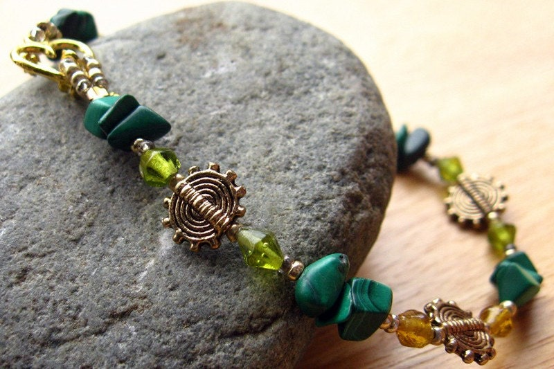 Handmade Gemstone Bracelet - Malachite in Summer