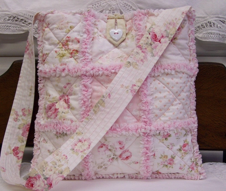 ROMANTIC CHIC RAG QUILTED HEART TOTE, Patchwork, 10 Mary Rose Fabrics, Gorgeous