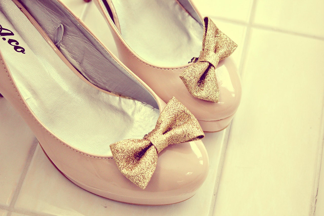 gold sparkle glitter bow shoes clips. anthropologie. Pre Order one month waiting list. - GypsyAffairs