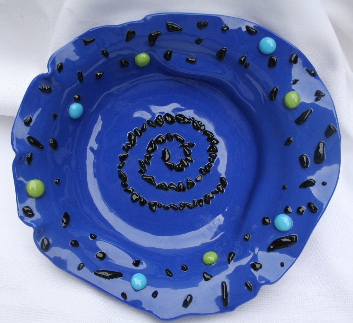 cobalt blue glass bowl