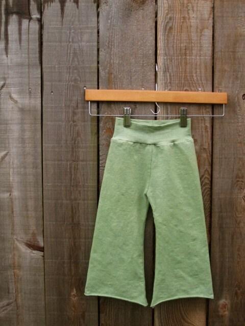 Sweet Pea green adventure pants organic cotton/hemp