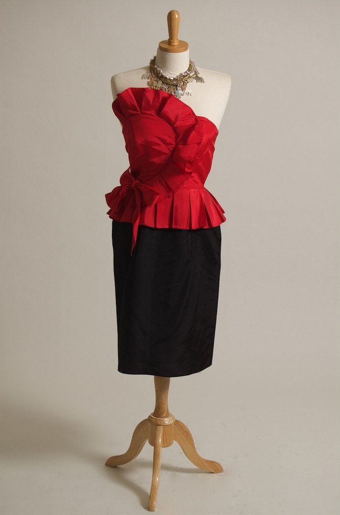 black peplum dress on Vintage 80 S Red And Black Peplum Dress By Noladarlingvintage