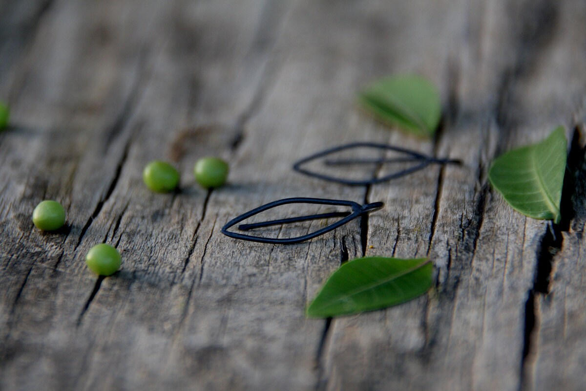 Leaves -  Contemporary sterling silver earrings - LAccentNou