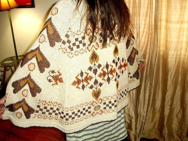 Amazing vintage BOHO cape hearts one size plus size