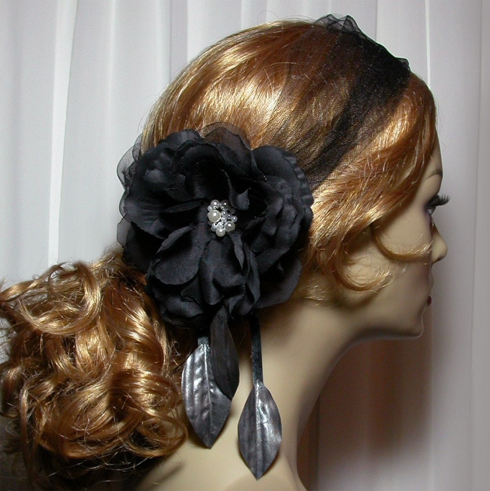 Belle Noir Wedding Hairpiece in Black and White by by lilyfleur from etsy.com