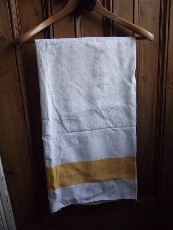 Popular items for table linens yellow on Etsy