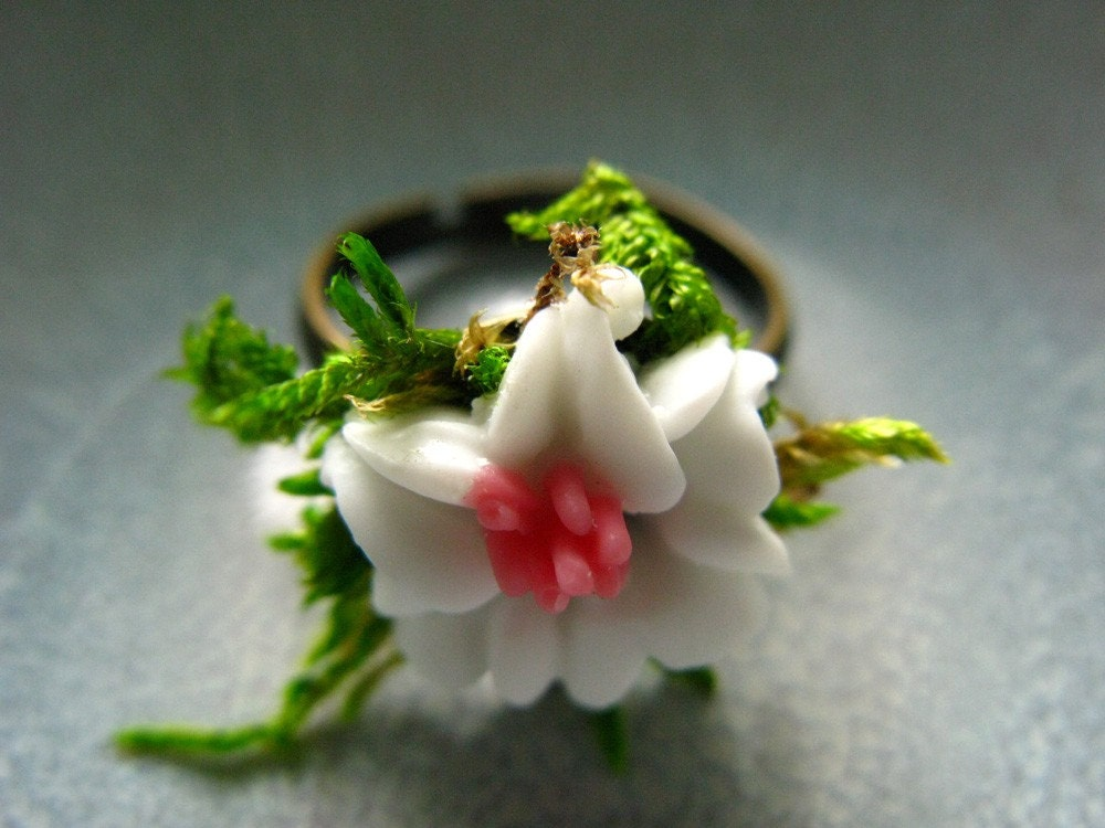Charming Forest Lily Adjustable Ring -  size 6 up to Plus Sizes