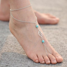 A Pair of Delicate Silver  Turquoise Barefoot Sandals  BJ6033n