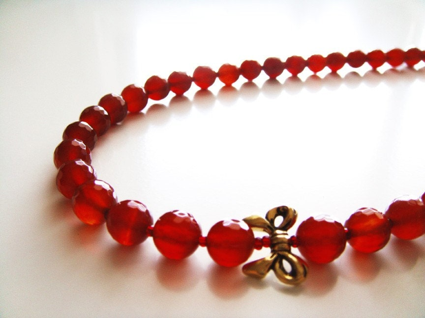 Pomegranate Jewels Necklace - Red Agate and Gold Ribbon
