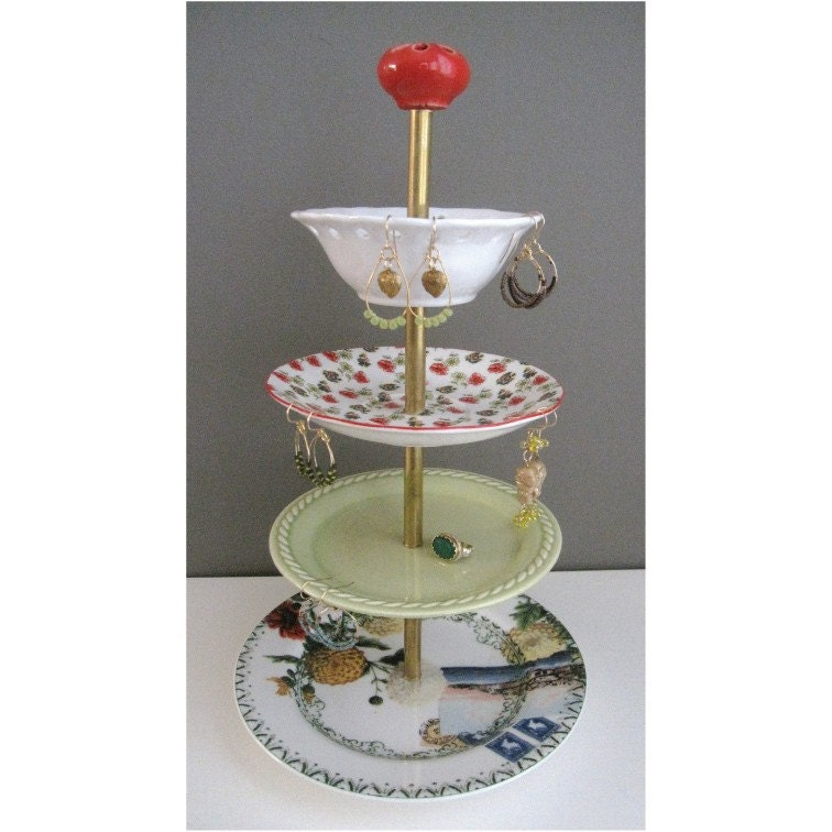 red travels 4-tier antique jewelry stand