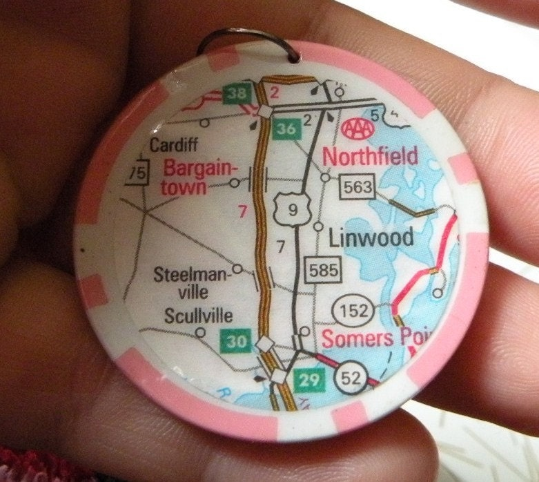 I love New Jersey PENDANT - Somers Point, Linwood, Bargaintown, Northfield, Scullville upcycled poker chip pink PENDANT