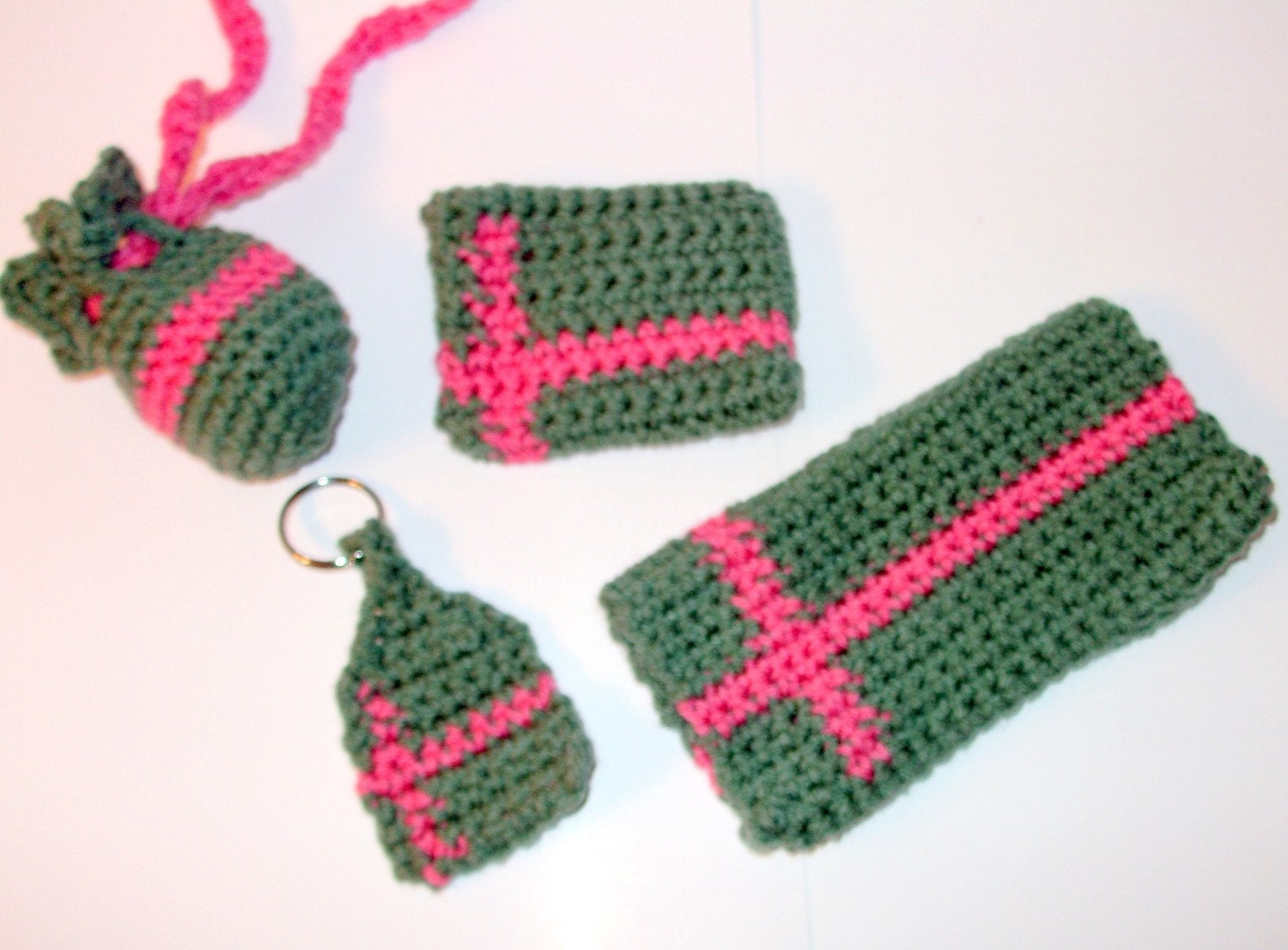 Crochet Coin Purse Pattern @Craftzine.com blog