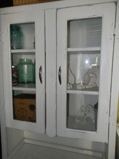 Vintage Farm House Kitchen Cupboard - vagabondsandcaravans