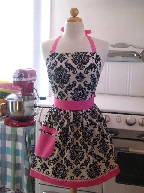 The FAMOUS CHLOE Vintage Inspired Damask with HOT PINK Full Apron