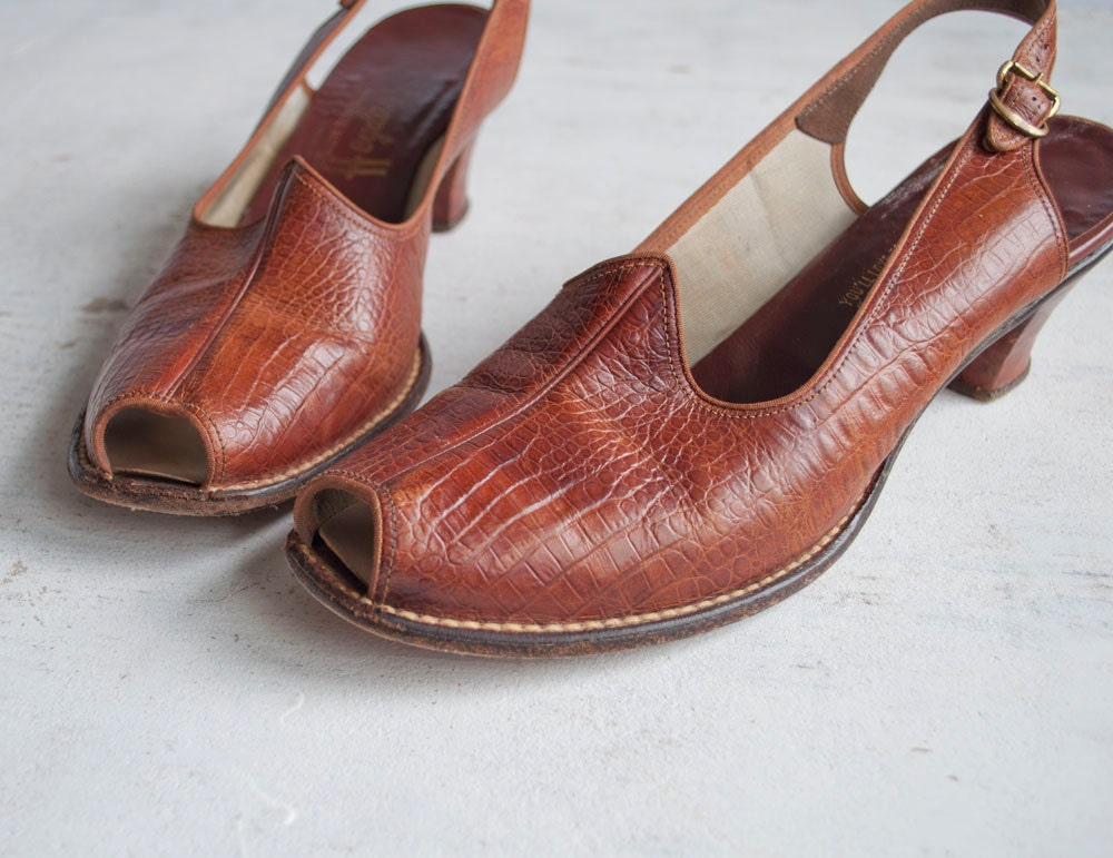 Vintage 40s Peep Toe Heels / Reptile Leather by GingerRootVintage from etsy.com