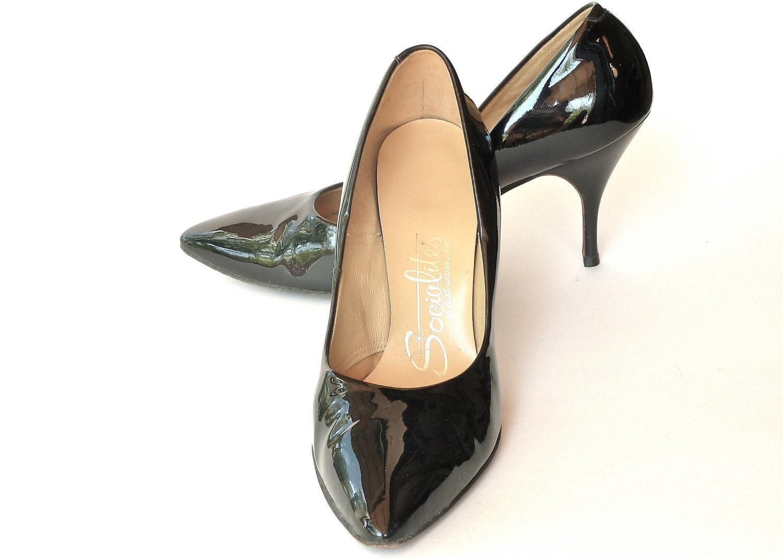 50s / 60s Black Patent Leather Stilettos  //  Sexy Bombshell Heels  //  Size 7 - 7.5 - ModLoungeVintage