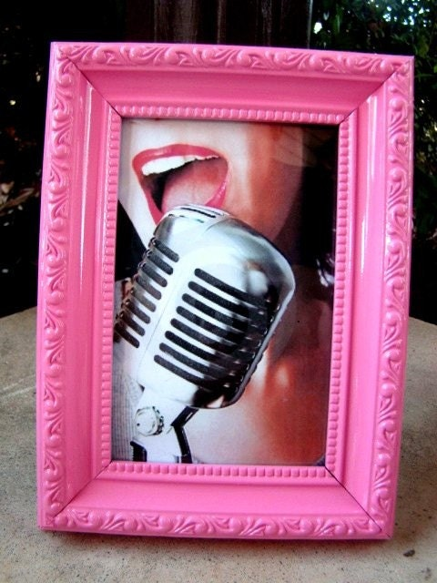 Bubblegum Pink Vintage Style Picture Frame 4X6