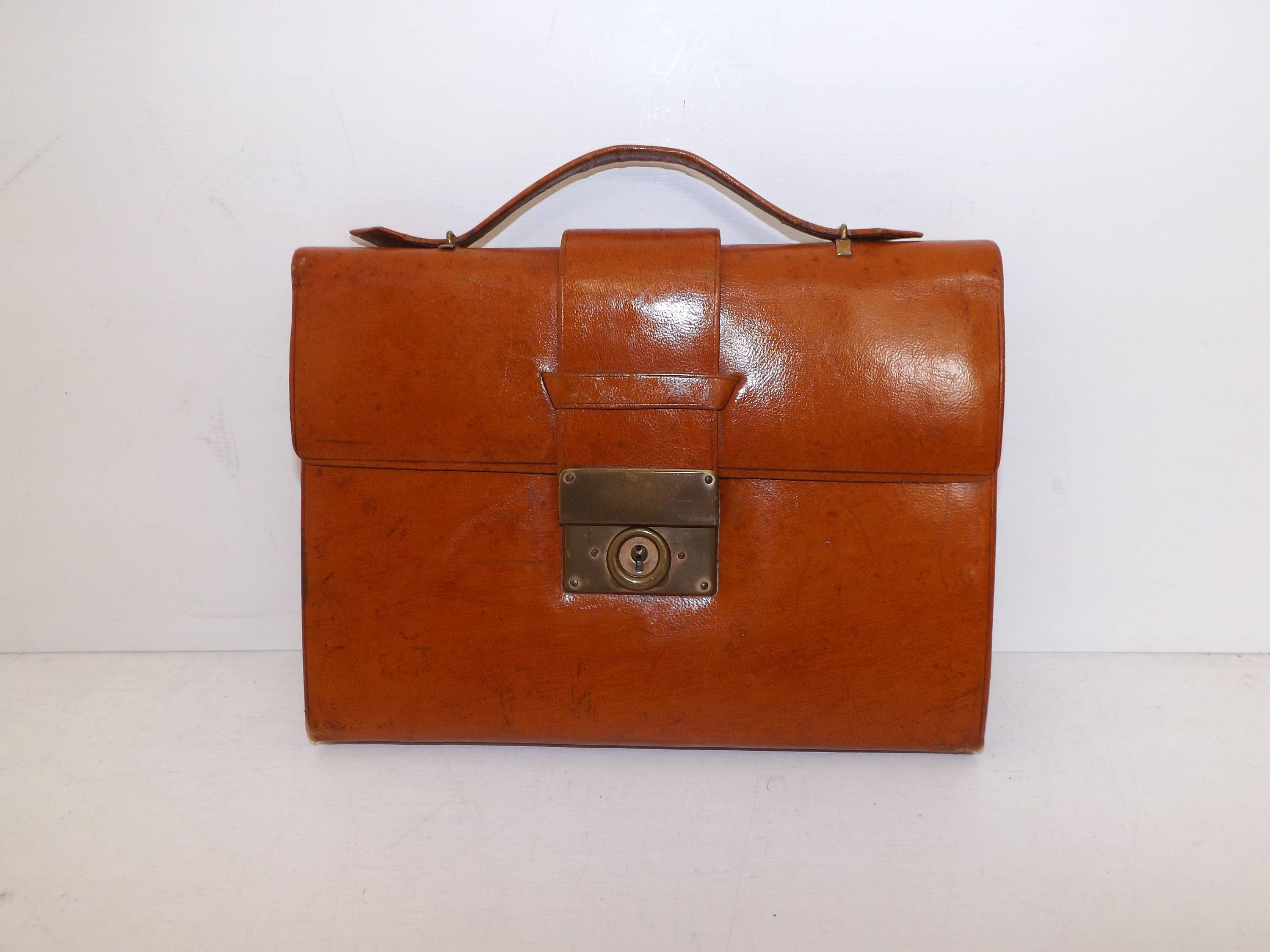 Vintage 1940s tan brown leather document case bag writing set documents carrier purple lining