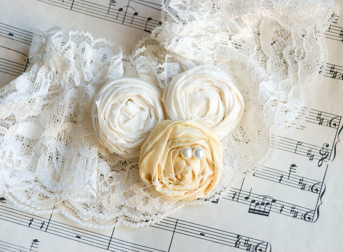 Vintage Style Rosette Garter SET in Summer Yellow ...choose your colors...ships next day