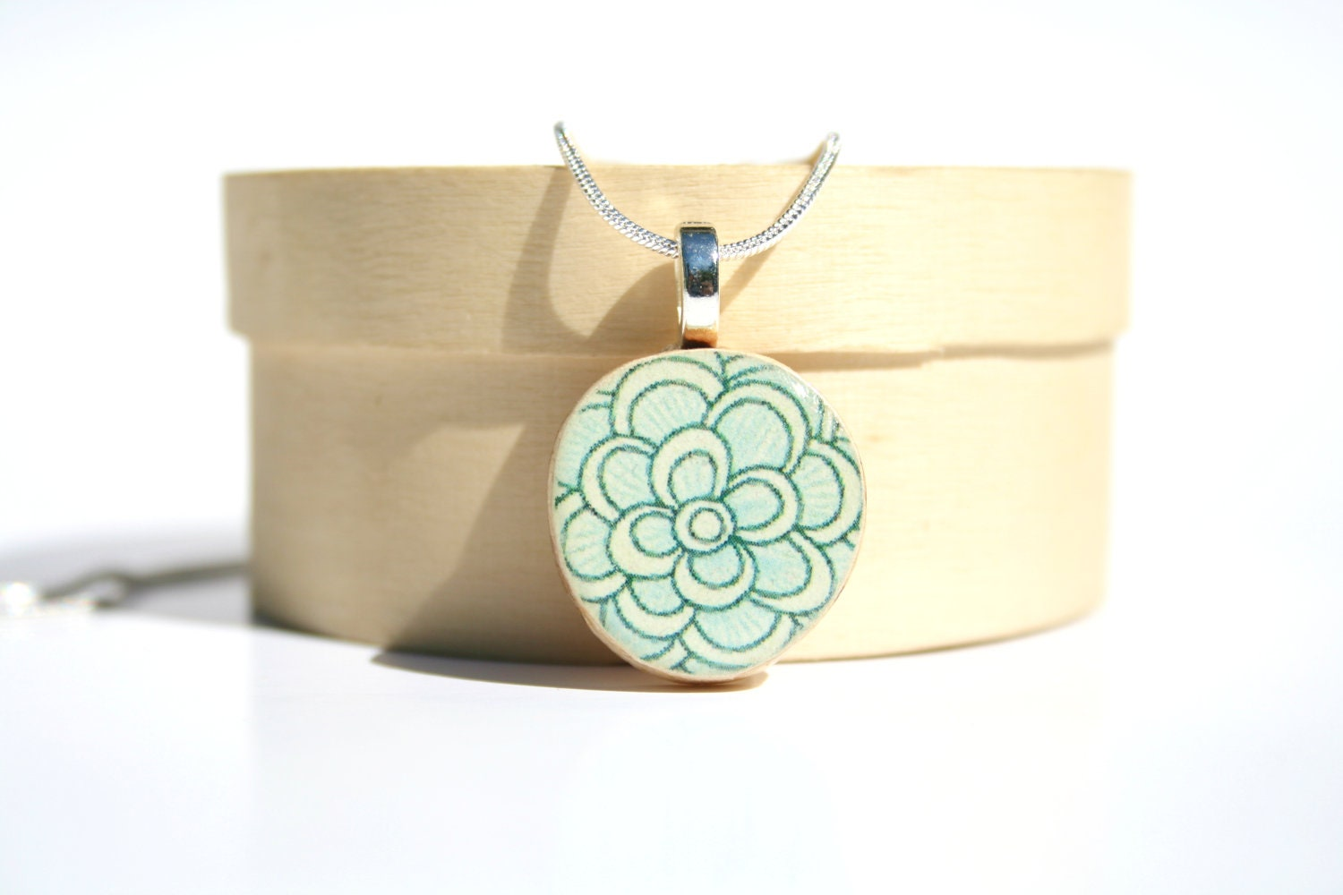 Blue Floral Pendant necklace best friend gift Unique gifts wood gifts floral nature lover gifts circle pendant eco friendly - starlightwoods