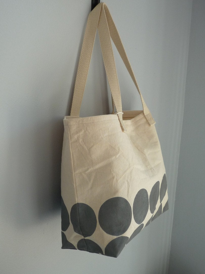 Large Circles Canvas Tote in Grey