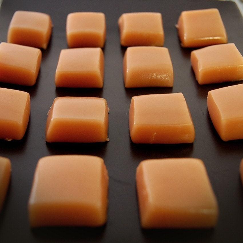 1/4 LB of Creamy Vanilla Caramels