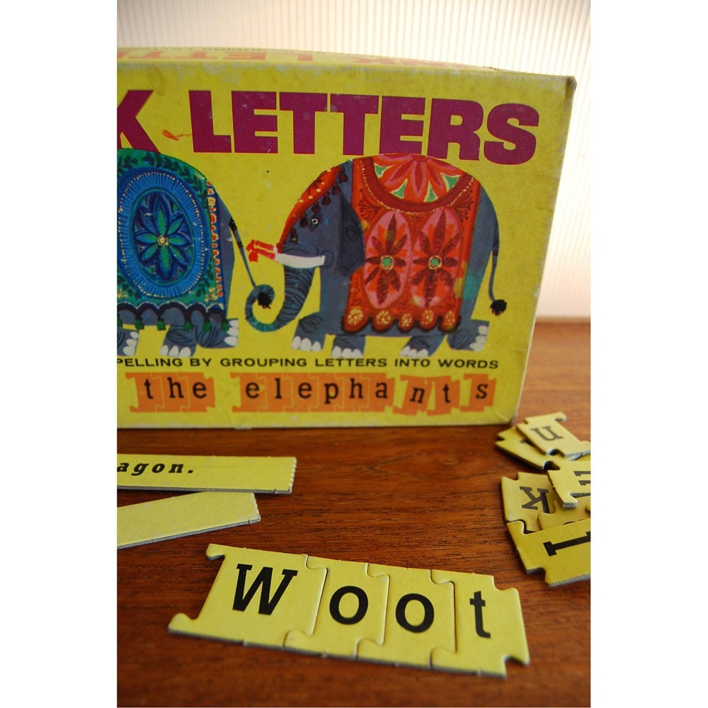 Retro Elephant Link Letters Kids Game