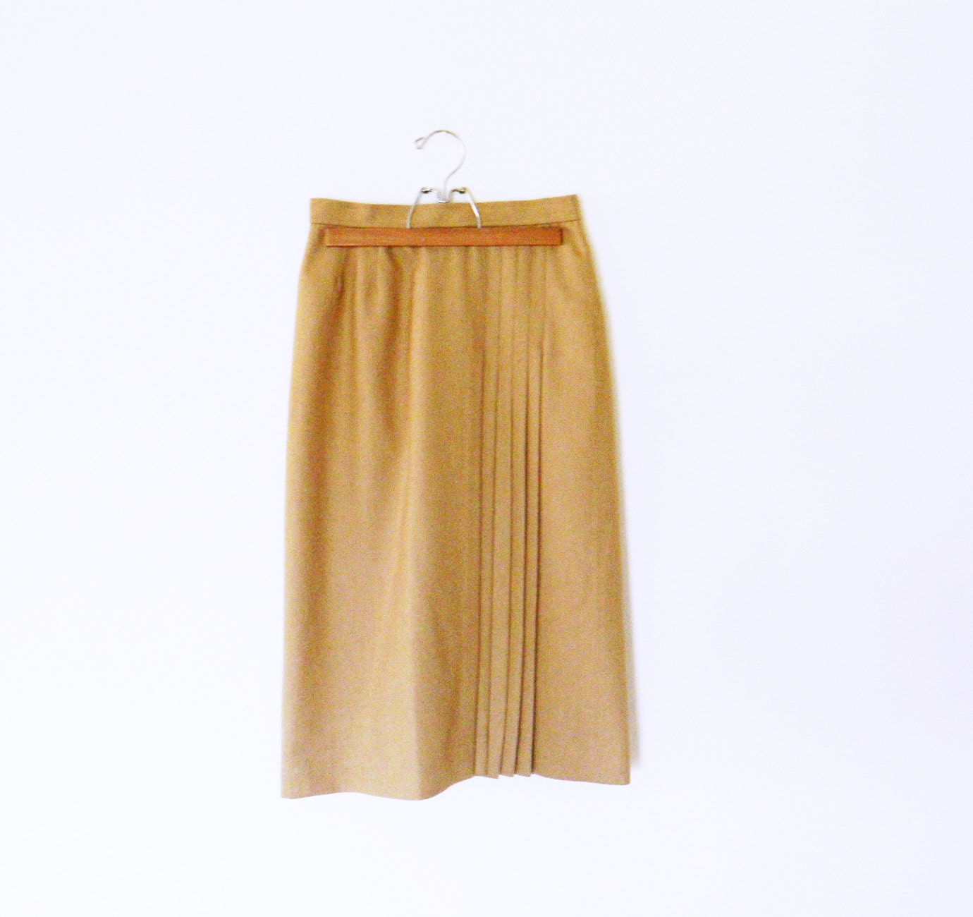 1940s vintage pleated wool pencil skirt camel by