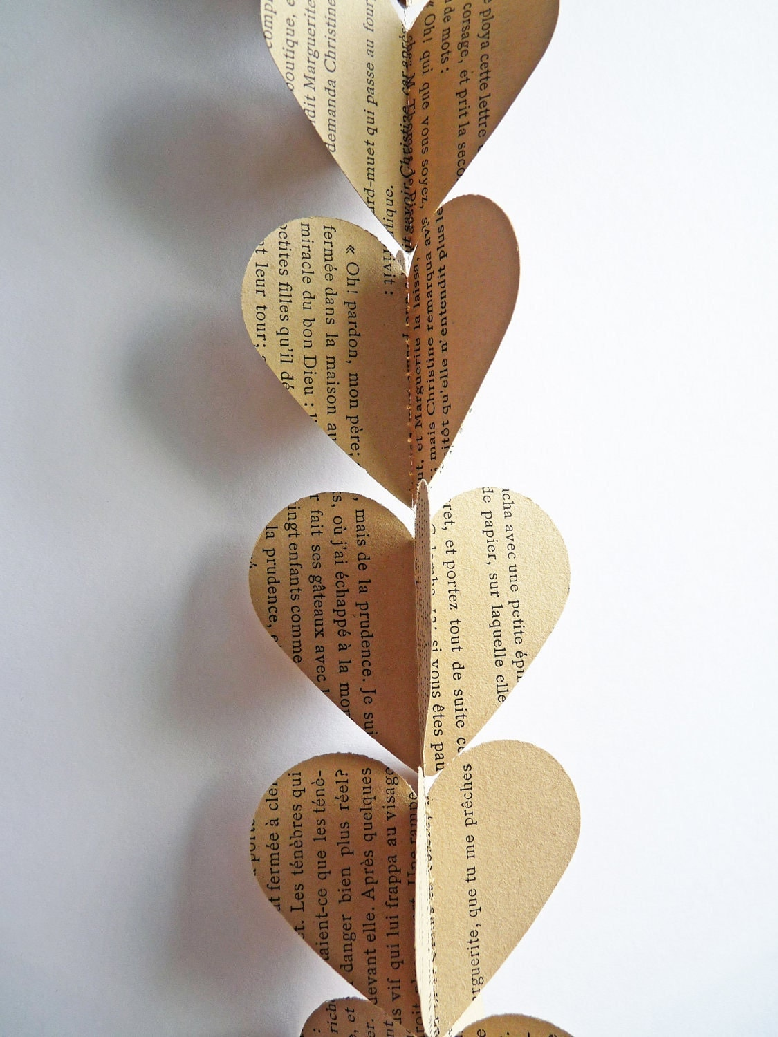 Paper garland hearts