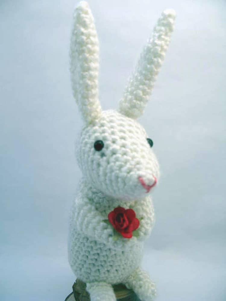 Crochet Doll Scarf Pattern Free : Items similar to White Bunny Rabbit Amigurumi Crochet on Etsy