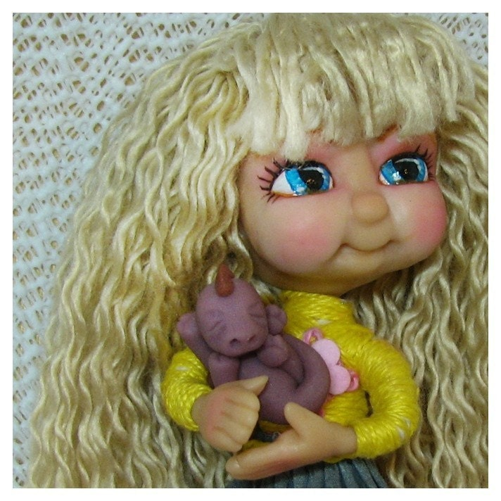 Chibi OOAK Thread Art                                             Doll Figurine Polymer Clay                                             Hand Made Chibitude